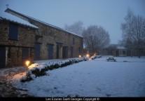 Les écuries sous la neige